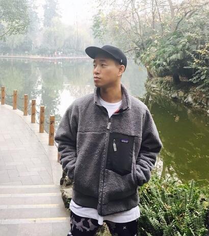 在中国发展却不被排斥的韩国艺人 他丑到像鱿鱼照样圈粉无数