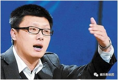 叶璇疑似有新恋情,穿睡裤和他亲密亮相机场!