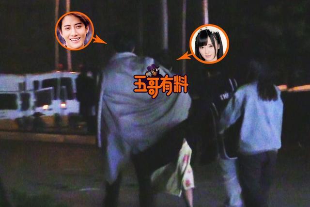 鞠婧祎疑与泰国鲜肉Mike热恋 片场腻歪深夜同回酒店