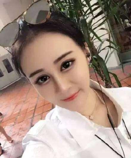 赵本山97年女儿公布恋情,男网红正面照曝光,帅气不输<a href =