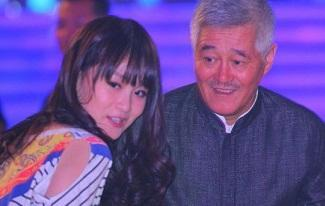 赵本山女儿称不依靠老爸生活,不仅当主播还要演电影了