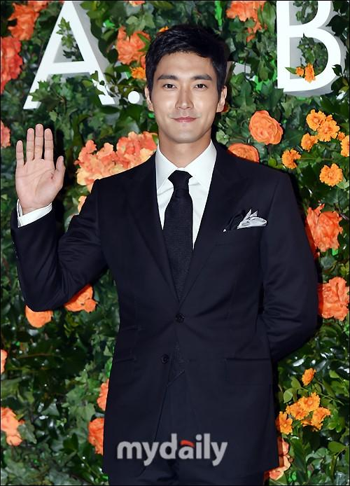 [MD PHOTO]Superjunior成员 崔始源首尔出席品牌宣传活动