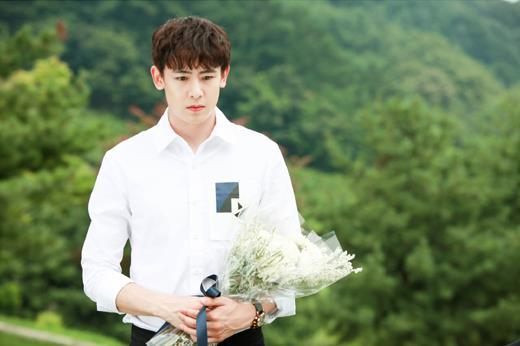 2PM泰国籍成员 Nichkhun主演网剧《魔术学校》11日开播