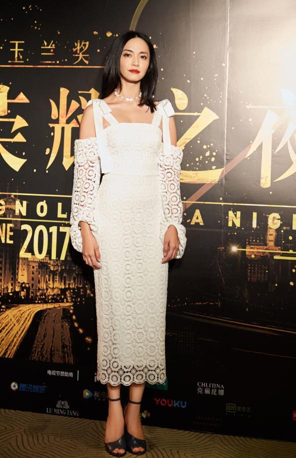 周冬雨姚晨周笔畅李健……她拯救了大半个娱乐圈的审美