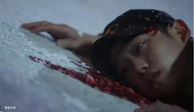 李钟硕又出了部开挂神剧,可他的鼻子看起来好奇怪