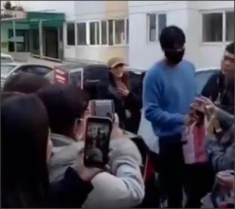 李敏镐秀智确认分手,男方曾一掷千金宠女友上天