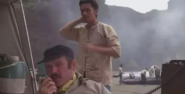 不把他放出来,你都不知道什么叫演员!