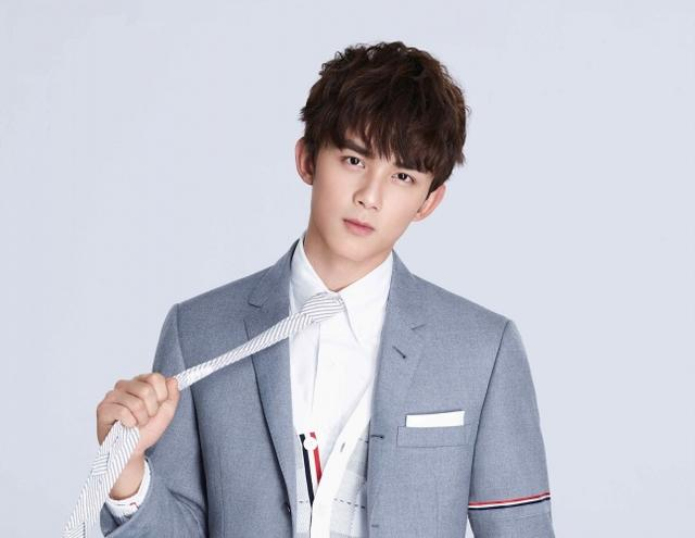 吴磊18岁生日 零点上线单曲讲述成长之心