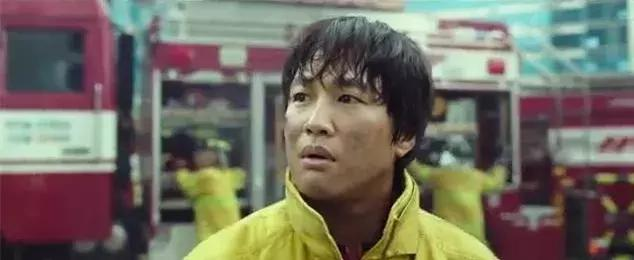韩国新出了一部奇幻大片,无悬念成年度爆款之作!