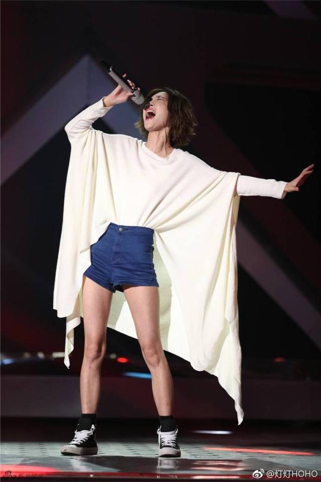 歌手第2期踢馆歌手唱王菲经典,汪峰张韶涵玩颠覆,结石姐放大招