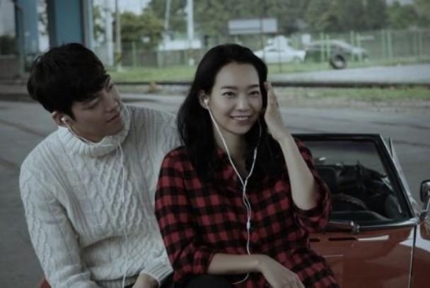 抗癌金宇彬与申敏儿分手?韩媒:他们的爱情如漫画般纯情美好