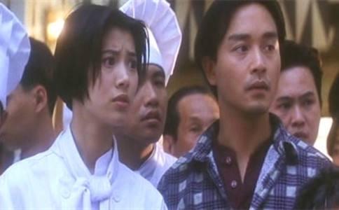 被成龙封杀又被包养如今有着好丈夫好儿子,张智霖后悔晚认识靓靓