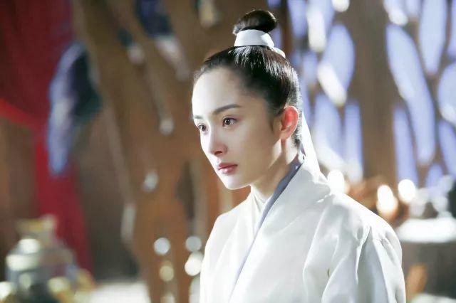 黄子韬霸道撩女神,却不小心撩出了杨幂光秃秃的发际线