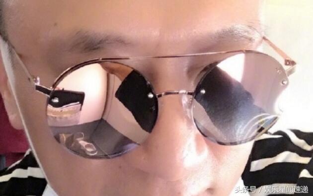 孙红雷飞机上晒自拍,不料墨镜里投射出的画面却引来网友争议