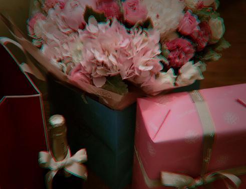 赵薇过42岁生日容光焕发气色好,今年收到最好的礼物是它