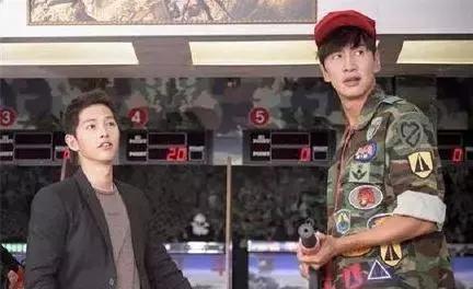 """他被说""""蹭宋仲基热度才火"""",看到这部9.1分的韩剧时打脸吗?"""