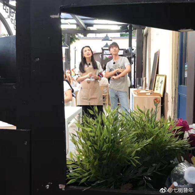 《中餐厅》后首互动 舒淇为王俊凯点赞:有你多好