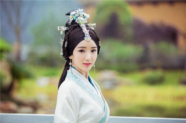毛晓彤简直是依萍与樊胜美结合体 网友怒斥其父能跟张韶涵妈组CP