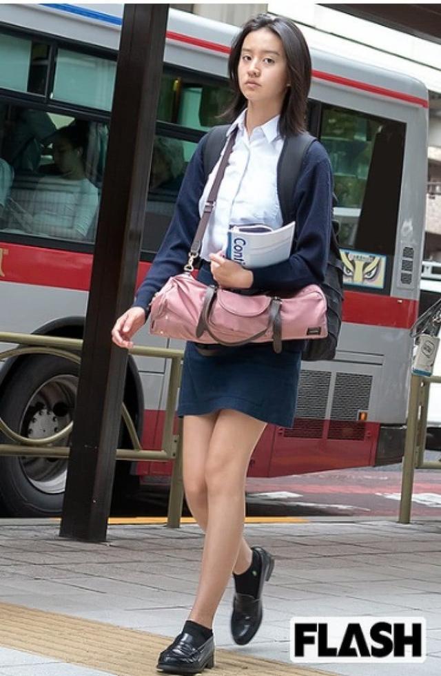 木村拓哉15岁女儿吸金能力强劲!随手一发就能赚十多万