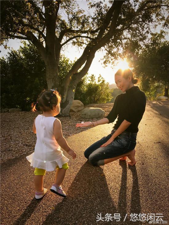 章子怡中秋晒团圆照和大女儿似姐妹遭调侃:汪峰像有仨女儿
