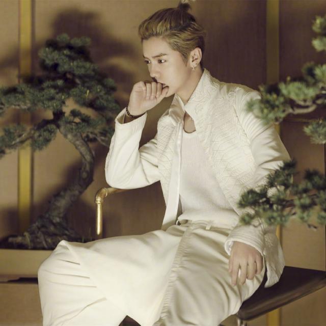 全球最帅男子出炉,鹿晗第五王鹤棣第六!比起颜值衣品才更有看头
