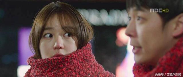 尹恩惠的脸上了热搜!曾经最敢素颜的她,脸也变得这么僵!