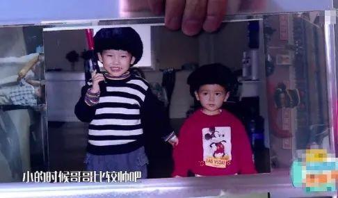 看了陈飞宇从小到大的照片,网友:幸好陈红基因力挽狂澜!