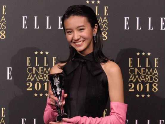 木村拓哉女儿被强捧!没演过戏就拿下电影类奖项,惹怒日本网友!