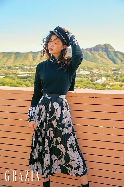 韩国女艺人李先彬夏威夷拍时装杂志照