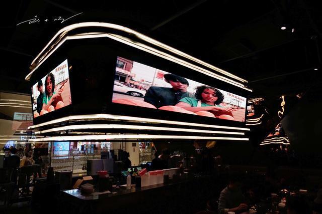 周杰伦开餐厅菜名全是自己的歌,网友:老板,来份双截棍和告白气球
