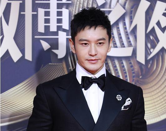 赵薇陈坤黄晓明合照曝光,43岁的他们同台,昔日土小子却赢了?