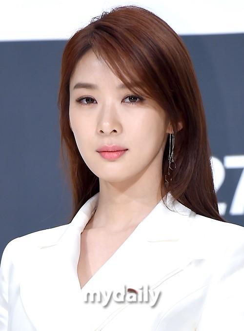郑柔美李清娥等韩国女艺人发声明表示与郑俊英案无关