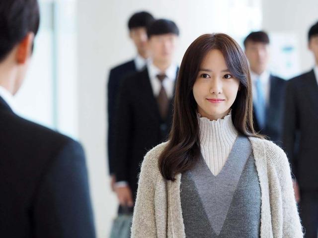 获赞韩国顶级美人,曾是鹿晗理想型,如今却被疑医美过度脸垮掉?