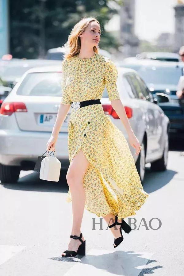 春风撩人,你穿印花裙的样子真好看