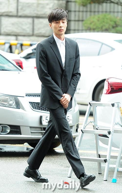 韓國歌手Roy Kim涉嫌散布淫穢圖片接受警方調查