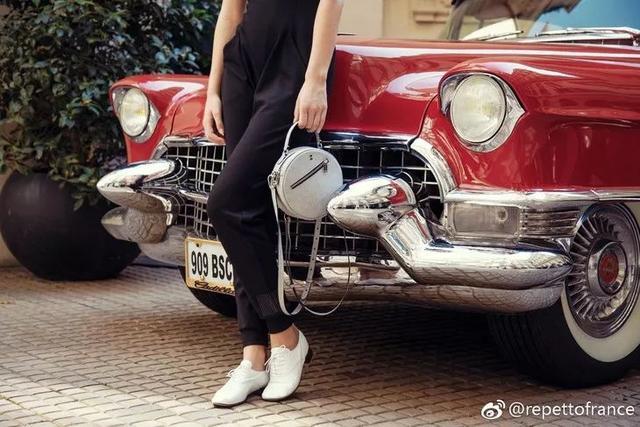 把平底鞋穿出大长腿的,是160都不到的她?