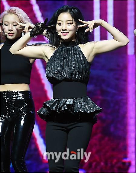 韩国女团TWICE第七张迷你专辑发布会
