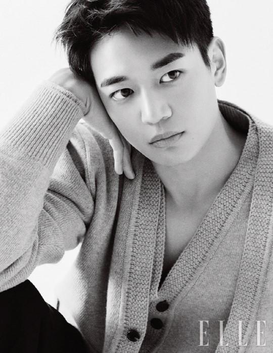 韩国男团SHINee成员珉豪参军前最后一组时装照曝光