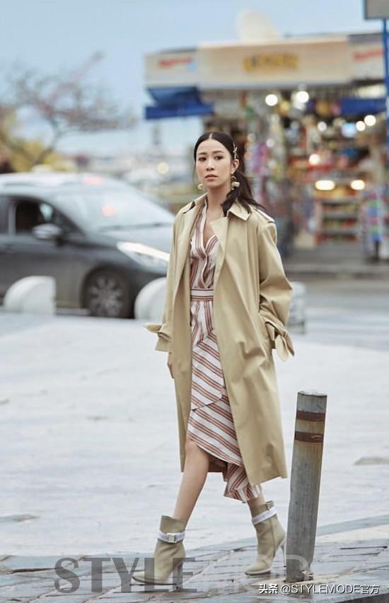连衣裙配外套,风格和层次感尽显