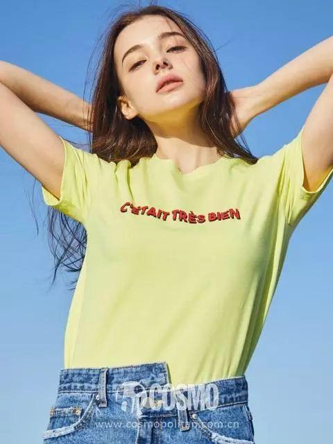 今年夏天的T恤趋势,4个里有3个我不敢试...