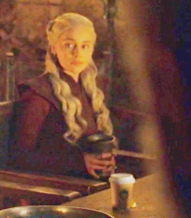 权游咖啡到处有?龙妈雪诺詹姆纷纷沦陷