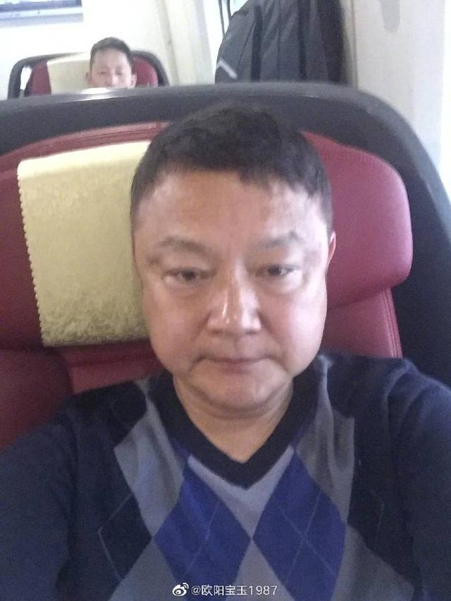 """87版""""贾宝玉""""欧阳奋强成老大爷,近照认不出"""