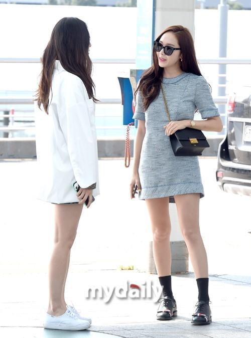 韩国明星姐妹Jessica郑秀晶飞往美国拍电视节目