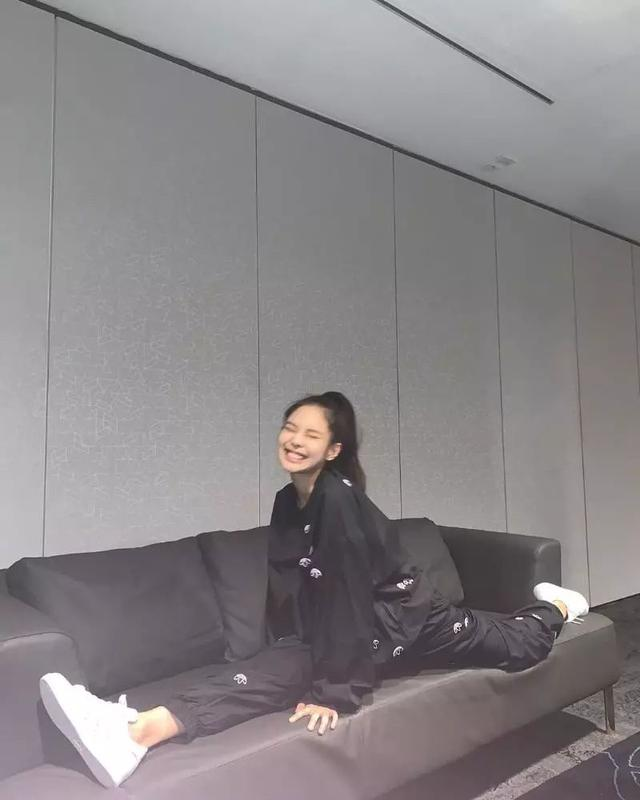 YG风波不断,Jennie蝉联女团个人品牌评价半年冠军