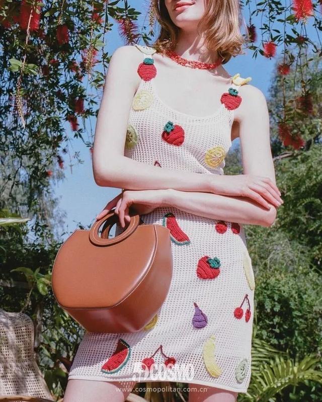 张子枫的夏天被印花承包了呀