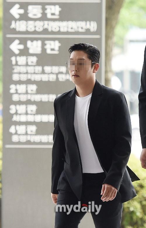 韓國女藝人具荷拉前男友崔鐘范出庭受審