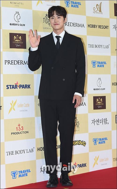 朱智勛孔明等韓國藝人出席春史電影節開幕式