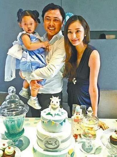 41岁吴佩慈已怀第4胎,观众嘲她至今未嫁入豪门,她却活得开心