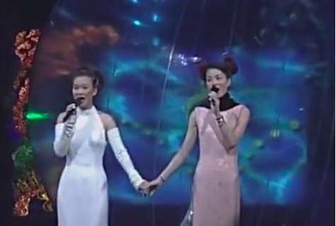 50岁王菲近照曝光,这些当年红极一时的女歌手你还记得几个?