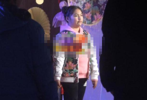 李湘晒美照回击女儿黑胖生图,王诗龄被夸像杨丞琳